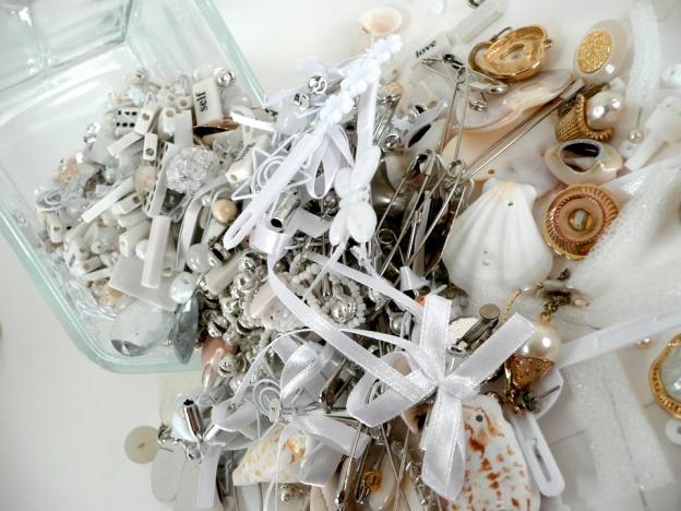 white kit spilled